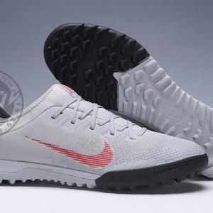Giày đá banh hypervenom cỏ nhân tạo